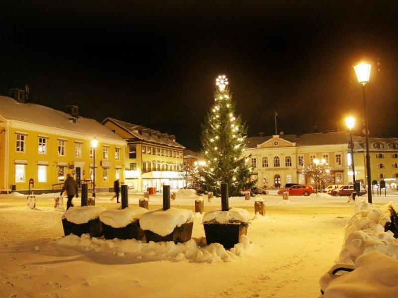 Stora Torget in Vimmerby in Kerstsfeer
