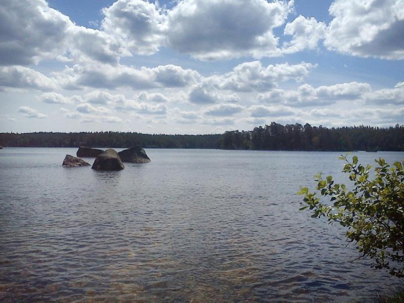 Op 2 km ligt het mooie meer Hökesjon