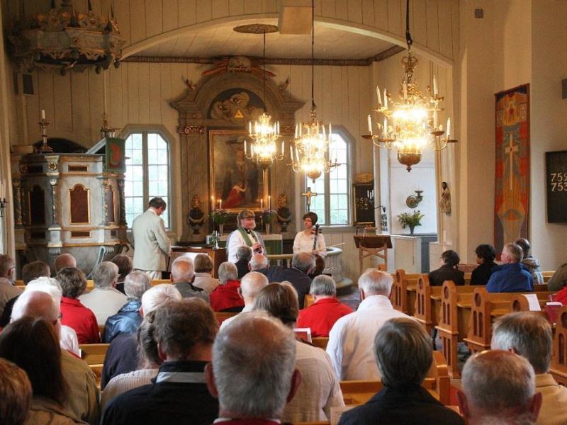 Muziekconcert in het sfeervolle kerkje van Pelarne